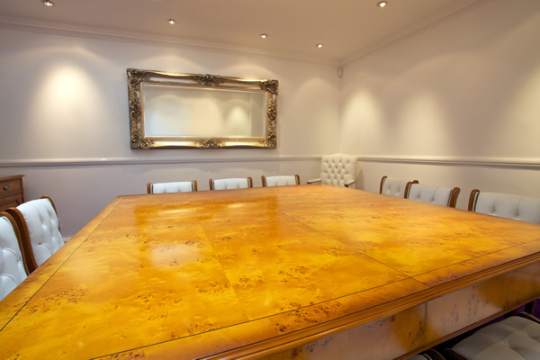 Fine quality yew and mahogany reproduction contract Room and board furniture quality