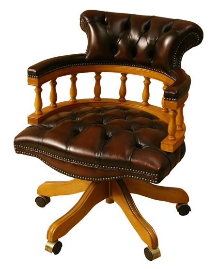 Captains Chair in Yew with Rust Leather