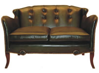 Pelelope Chesterfield Sofa