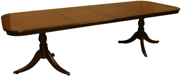"8'8"" Reproduction dining table with 2x centre leaves"
